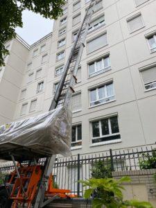 Monter un canapé au 6ème étage